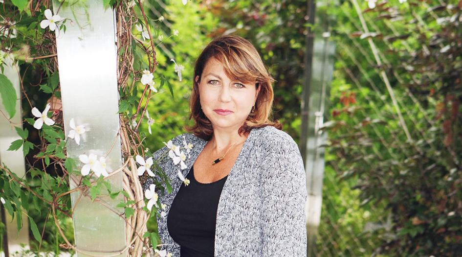 """Muriel Hattab, entrevista con la nueva """"Mujer dinamizante"""" Clarins 2016"""