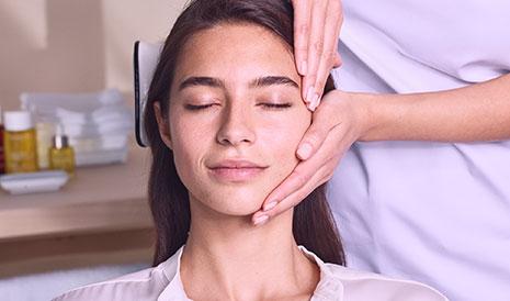 Imagen masaje de demostración en spa